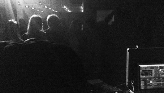 mantas_t-blondes-opium_club-2013